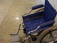 車いすや歩行器を貸し出し<br>(車いす4台・歩行器1台)